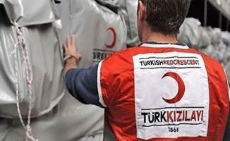 Türk Kızılay'ı Irak'ta 300 Sığınmacı Aileye El Uzattı