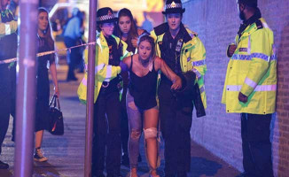 İngiltere'de Konser Alanında Patlama ! Çok Sayıda Ölü ve Yaralı Var