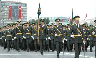 TSK'da Binlerce Personelin FETÖ İncelemesi  Devam Ediyor