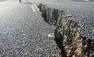 Deprem Enstitüsü Müdürü Özener: 7'nin Üzerinde Bir Deprem Olacağı Açık!