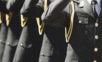 Sivas Merkezli 12 İlde Operasyon: 16'sı Muvazzaf 17 Asker Gözaltına Alındı
