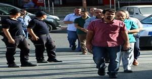 Kahramanmaraş'ta Adliye ve Ceza İnfaz Kurumlarında Görevli 8 Kişi Tutuklandı
