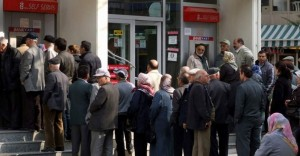 Maaş Promosyonu Adı Altında Emekliye Gizli Kredi Uygulanıyor