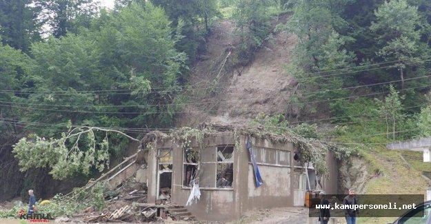 Trabzon'da Sel ve Heyelan Hayatı Felç Etti