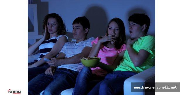 """TÜİK Edirne Bölge Müdürü : """" Gençler TV Başında Vakit Öldürüyor!"""""""