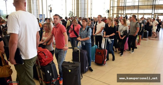 Türkiye'ye Gelen Turistler Terörist Saldırıyı Kınadı