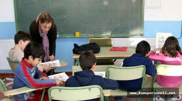 Yaz Destekleme Kursunda 80 Bin 781 Öğretmen 634 Bin Öğrenciye Ders Verecek