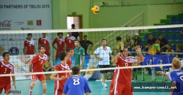 Yıldız Erkek Voleybol Milli Takımı İzmir'de Toplandı - Yıldız Erkek Voleybol Milli Takımı Kadrosu