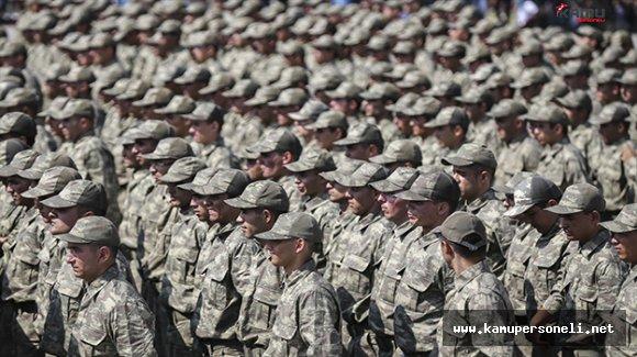 Zırhlı Birlikler Okulu ve Eğitim Tümen Komutanlığında Yemin Töreni