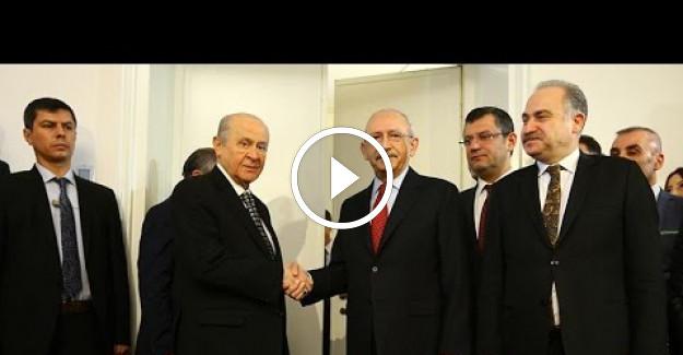 CHP Lideri Kemal Kılıçdaroğlu ve MHP Lideri Devlet Bahçeli Mecliste Görüştü