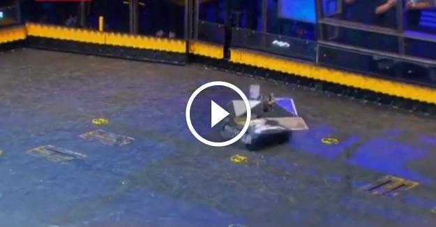 Robotların dövüşünü gözlerinizi kırpmadan izleyeceksiniz