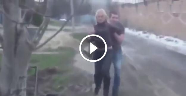 Aldatan sevgilisini kaldırıp çöpe attı!!