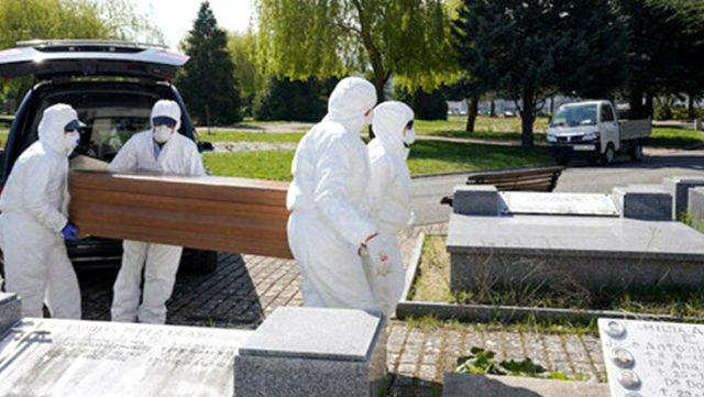 İspanya'da koronavirüs ölümleri artıyor: 8 bini geçti!