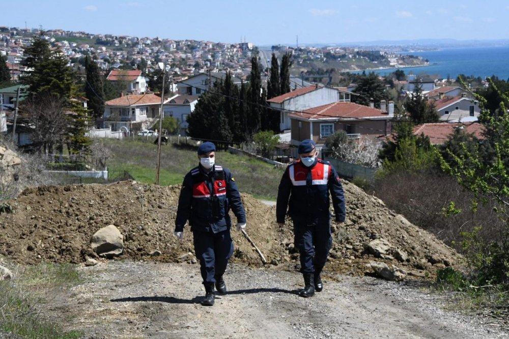 Koronavirüs kapsamında iki ilimize yeni önlem: Jandarma ekipleri ara yolları kapatıyor!