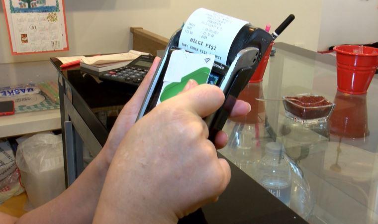Temassız kredi kartı kullananlara kritik uyarı! Kartınızı alüminyum folyoya sarın!