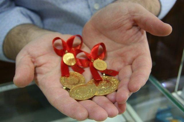 Altın fiyatları yükselişe geçti! Gram altın ve çeyrek altın son durum dikkat çekti