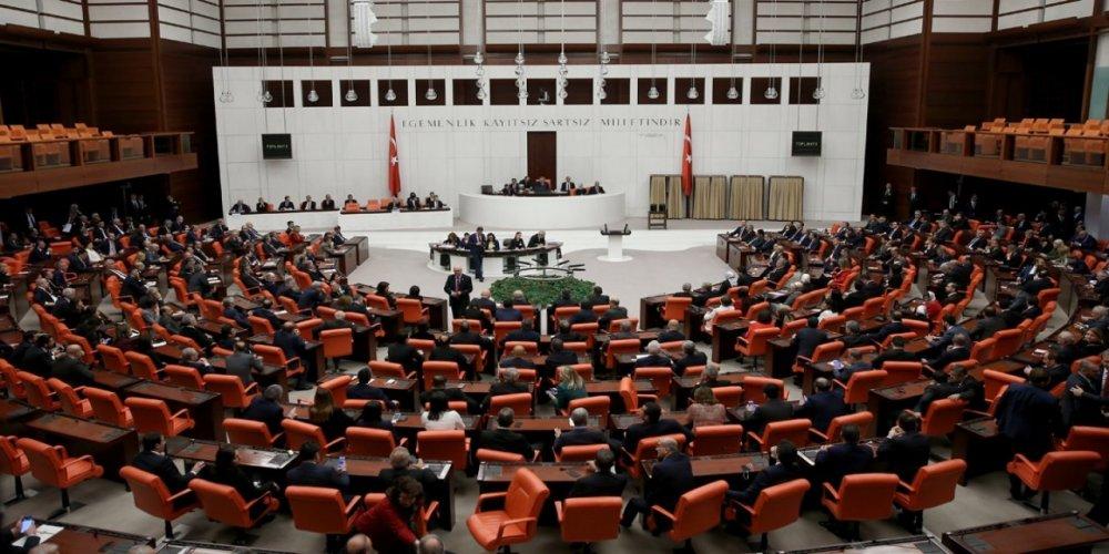 """İYİ Parti'nin """"KYK borçları silinsin"""" önerisi AK Parti ve MHP'nin oylarıyla reddedildi!"""