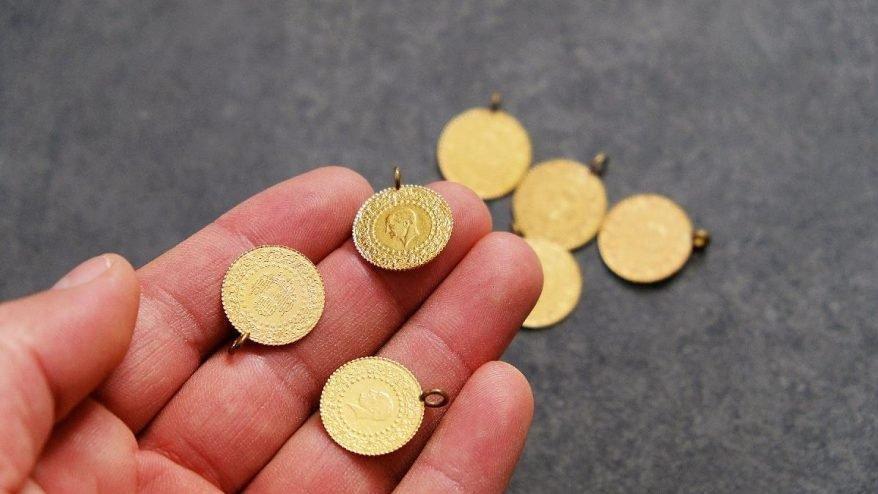 Altın fiyatlarındaki düşüş yüz güldürdü! Gram altın o seviyenin altına indi!