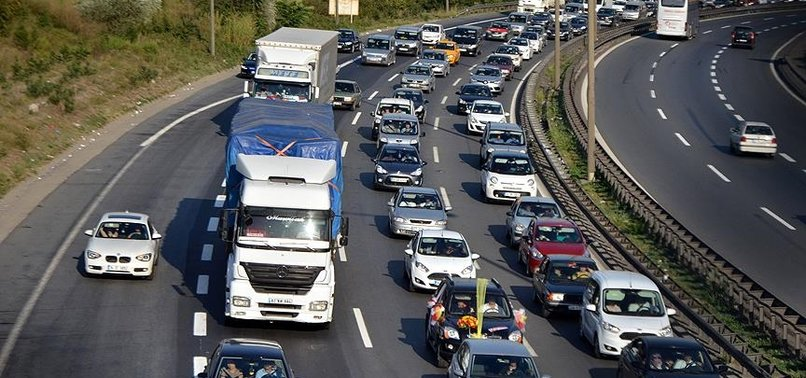 Sürücüler dikkat! 31 Aralık'tan sonra zorunlu oluyor! 1.083 TL para cezası var!