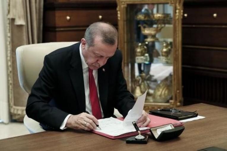 Cumhurbaşkanı Erdoğan onayladı Resmi Gazete'de Yayımlandı! Kısa Çalışma Ödeneği Başvurusu Süresi Uzatıldı!