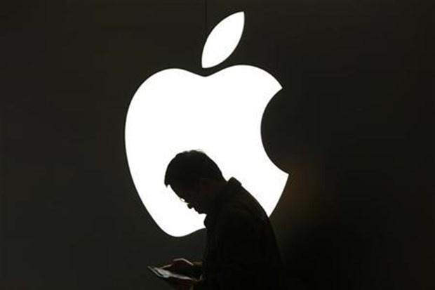 ABD merkezli teknoloji devi Apple, Türkiye#039;de yeni çalışanlar arıyor.  Türkiye#039;de sadece iki tane mağazası bulunan Apple, Türkiye#039;de genişleme adımı atmaya hazırlanıyor.