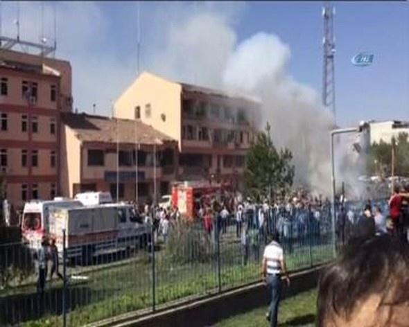 Elazığ'da bombalı saldırı : Şehit ve Yaralılar Var