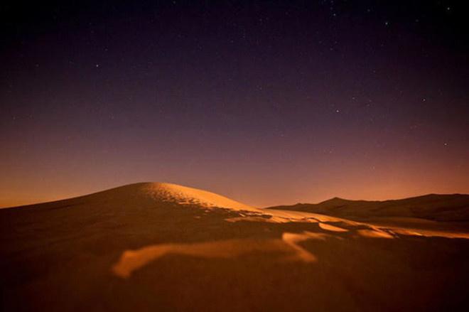 15 Bin Yıl Sonra  Dünya'daki değişiklik, Sahra Çölü'nün mevsiminde farklılığa yol açacak ve tropikal bir iklime sahip olacak. Yani Dünya'nın en büyük çölü'nünde yok olacağı tahmin ediliyor.