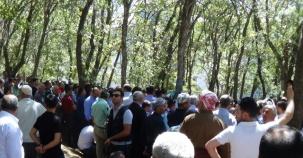 Şemdinli'de Öldürülen AK Partili Budak Toprağa Verildi
