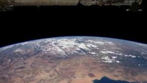 Yerküreden yaklaşık 350 kilometre yükseklikteki rotasında ilerleyen Uluslararası Uzay İstasyonu (UUİ)#039;de görevli astronotlar, Dünya#039;nın şu ana kadar çekilmiş en net fotoğraflarını elde etti.
