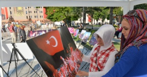 """""""15 Temmuz Milli İradenin Yükselişi"""" Fotoğraf Sergisi İzlenime Sunuldu"""