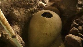 M.Ö 6: Yüzyıldan Kalan Küp Mezarından Şaşırtıcı Görüntüler