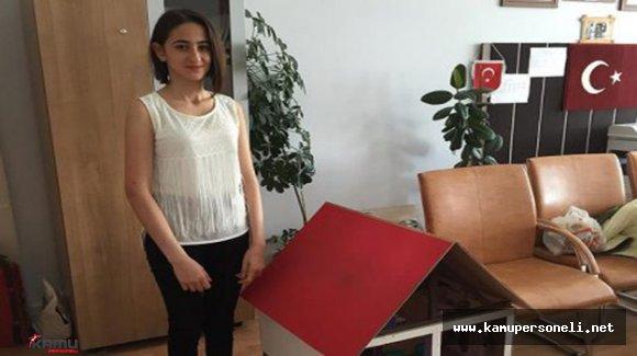 15 Yaşındaki Genç Kız Elektrik Sistemini Devre Dışı Bırakan Kapı Kilidi Tasarladı