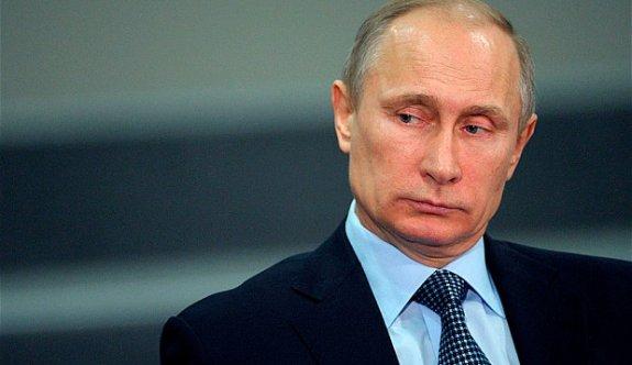 """Putin : """"Gerekirse Bir Kaç Saat İçerisinde Yine Suriye'de Oluruz"""""""