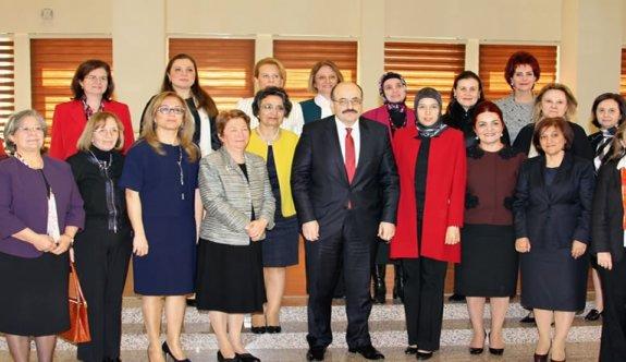 YÖK Başkanı Kadın Rektörlerle Bir Araya Geldi
