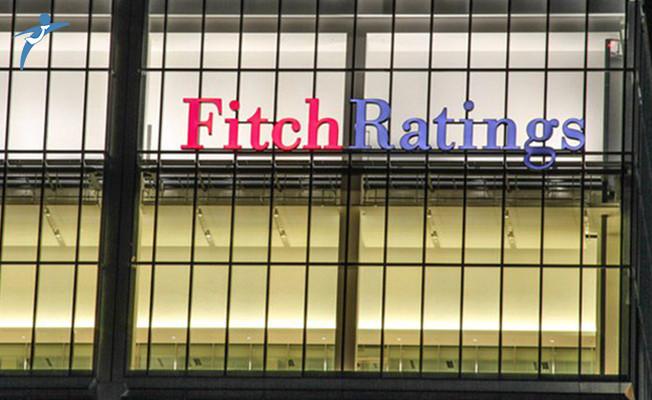 Türkiye'nin beklediği Fitch kararı açıklandı: Kredi notu düşürüldü