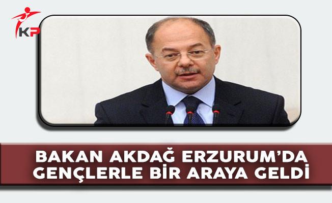 Sağlık Bakanı Recep Akdağ: ''Bir Çöplükte İki Horoz Olmaz''