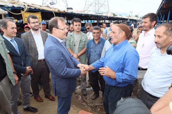 Başbakan Yardımcısı Çavuşoğlu: Bunların Tepesine Binmeye Devam Edeceğiz!