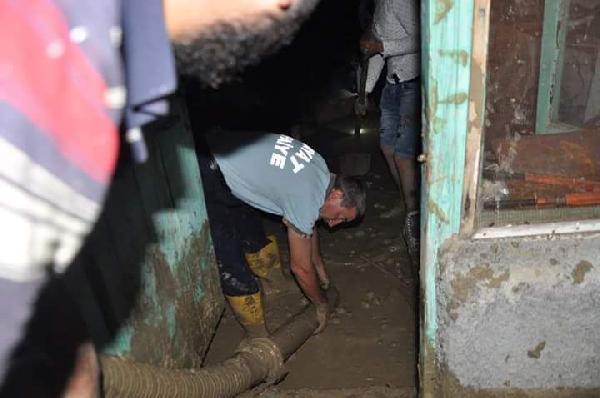 Çorum'da şiddetli yağmur nedeniyle evleri su bastı