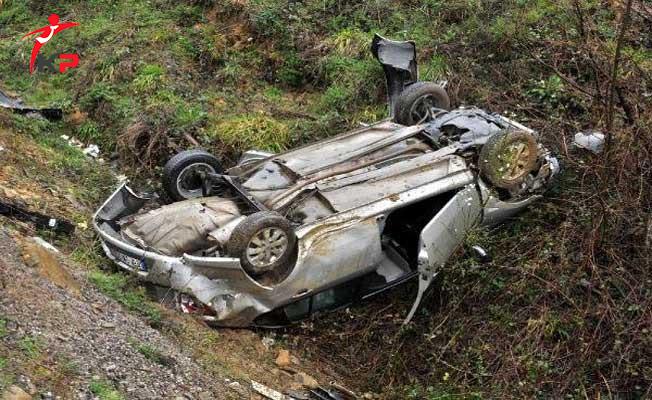 Şanlıurfa'da Kontrolden Çıkan Otomobil Devrildi ! Ölüler Var