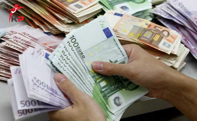 Serbest Piyasada Dolar ve Euro Haftaya Yükselişle Başladı