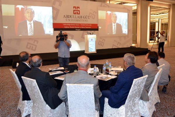 Abdullah Gül'den Eğitime Destek Verilmesine İlişkin Açıklama