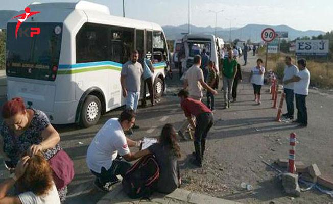 Balıkesir'de İki Yolcu Minibüsü Çarpıştı ! Kazada 41 Kişi Yaralandı