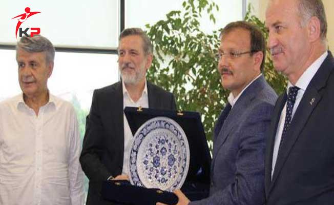 Başbakan Yardımcısı Çavuşoğlu: Bursa'yı ve Türkiye'yi Birlikte Büyüteceğiz