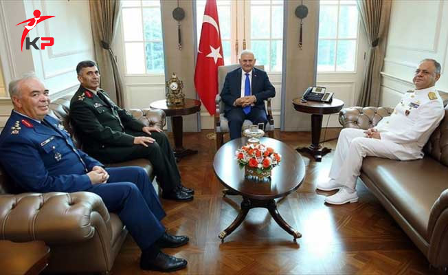 Başbakan Yıldırım MGK Öncesi Kuvvet Komutanları ile Görüştü