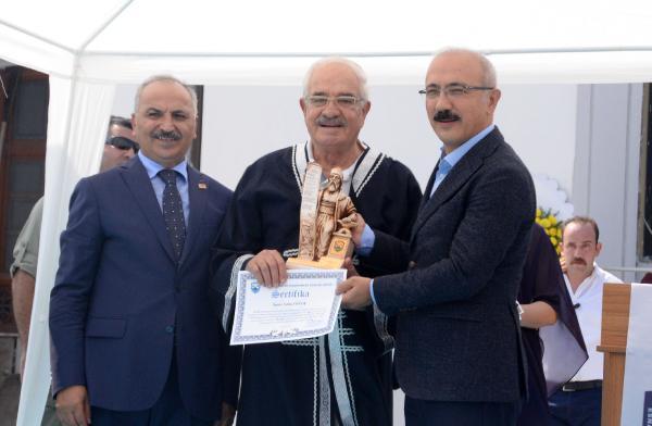 Kalkınma Bakanı Elvan'dan Geleneksel Mesleklerin Yaşatılmasına İlişkin Açıklama