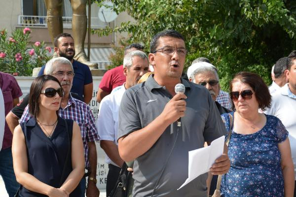 MHP'de İstifalar Sürüyor! Mersin'de MHP'den 150 istifa