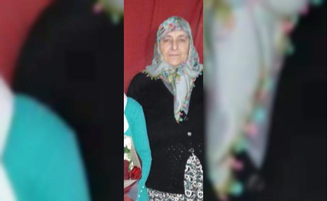 İzmir'de Otomobil Tarlaya Uçtu ! 1 Ölü, 3 Yaralı