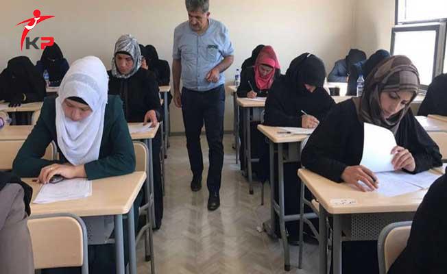Suriyeli Öğretmen Alımı İçin MEB'in Açtığı Sınava 5 bin 686 Kişi Katıldı