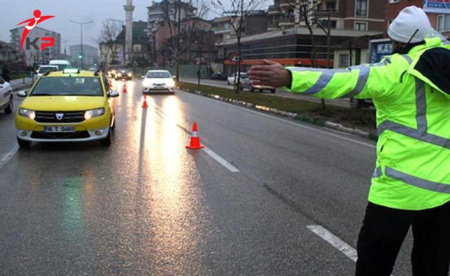 Taksi ve Minibüslere İstanbul'da 300 Ekiple Dev Operasyon