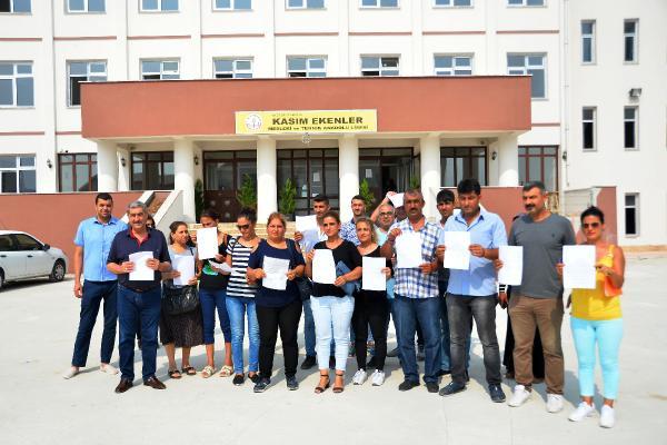 Tarsus'ta Velilerden Milli Eğitim Müdürlüğü'ne Tepki Yağmuru